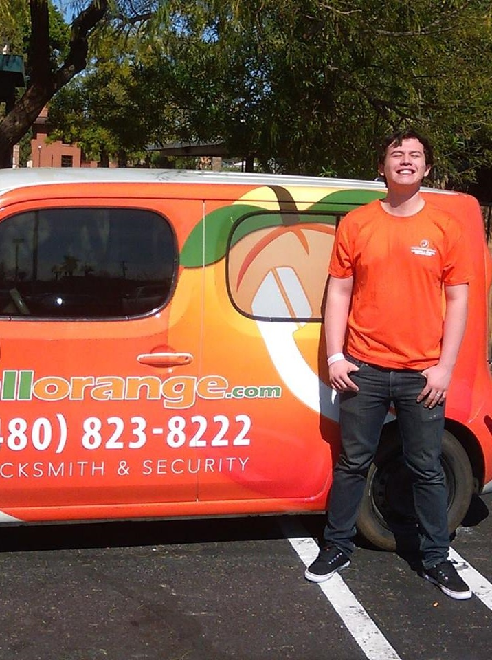 CallOrange Locksmith Phoenix Arizona 85033 Tech